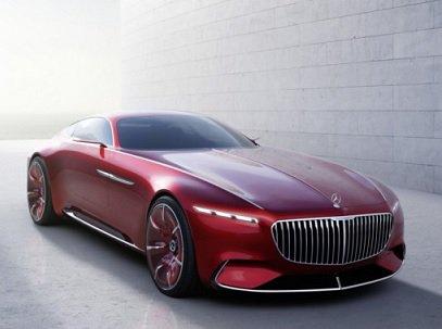 Daimler привезет несколько новых Mercedes и Смарт вПариж