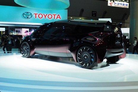 Тойота закончит выпускать газовые идизельные автомобили