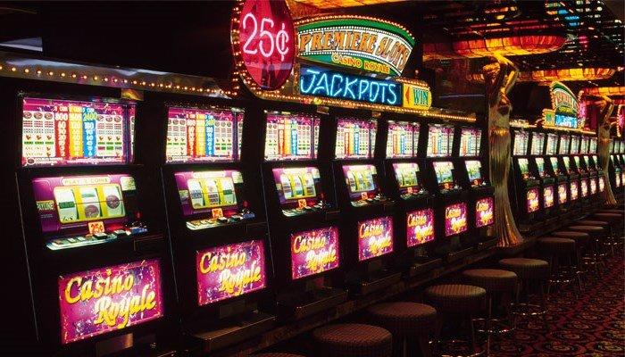 официальный сайт казино на деньги играть и снимать