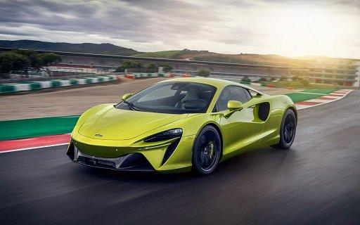 «McLaren» презентовала  гибридный суперкар