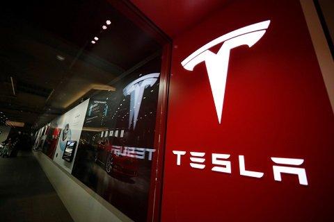 «Tesla» является самой дорогой автомобильной компанией