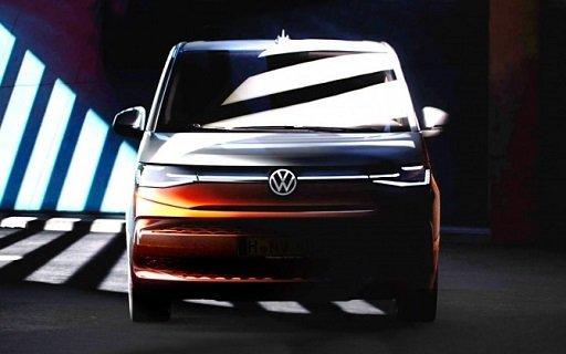 «VW» показал внешность новой генерации «Multivan»
