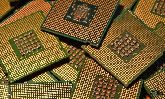 Производство чипов для электрокаров: «Tesla» может купить завод