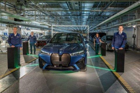 Начат серийный выпуск «iX» от «BMW»